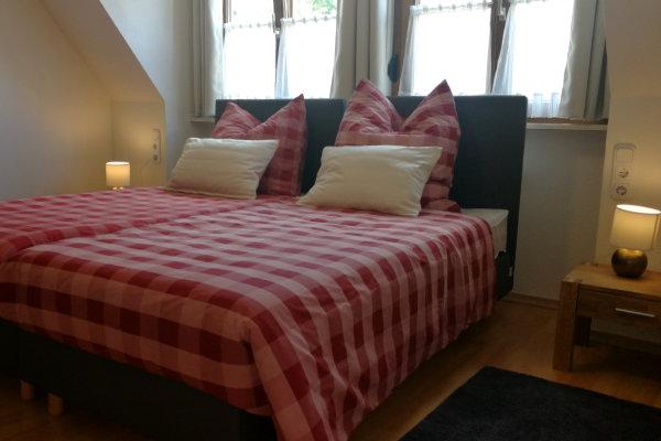 Gästehaus Bruder in Zimmern unter der Burg - Übernachten im Raum Balingen, Rottweil, Tuttlingen
